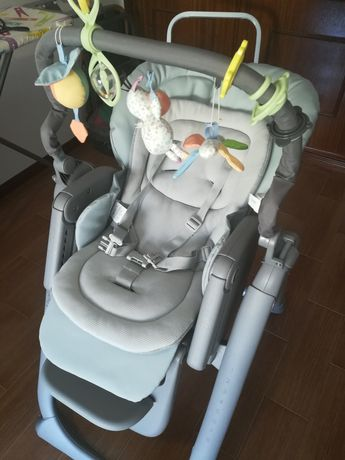 Espreguiçadeira e cadeira da papa - Chicco Polly Magic Relax