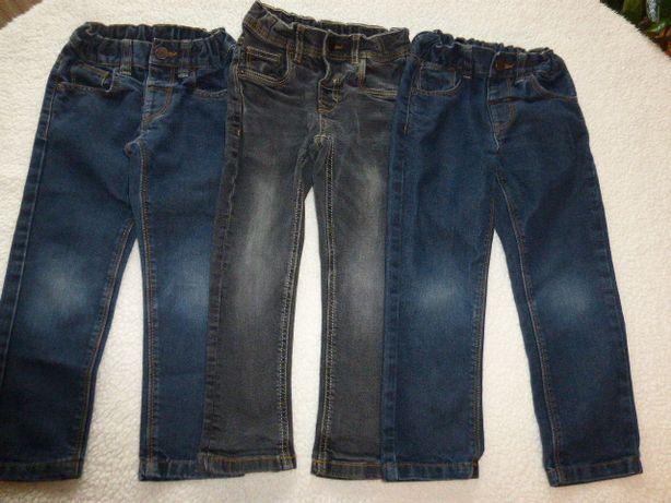 Трое джинс , 104 р Palomino от C&A.