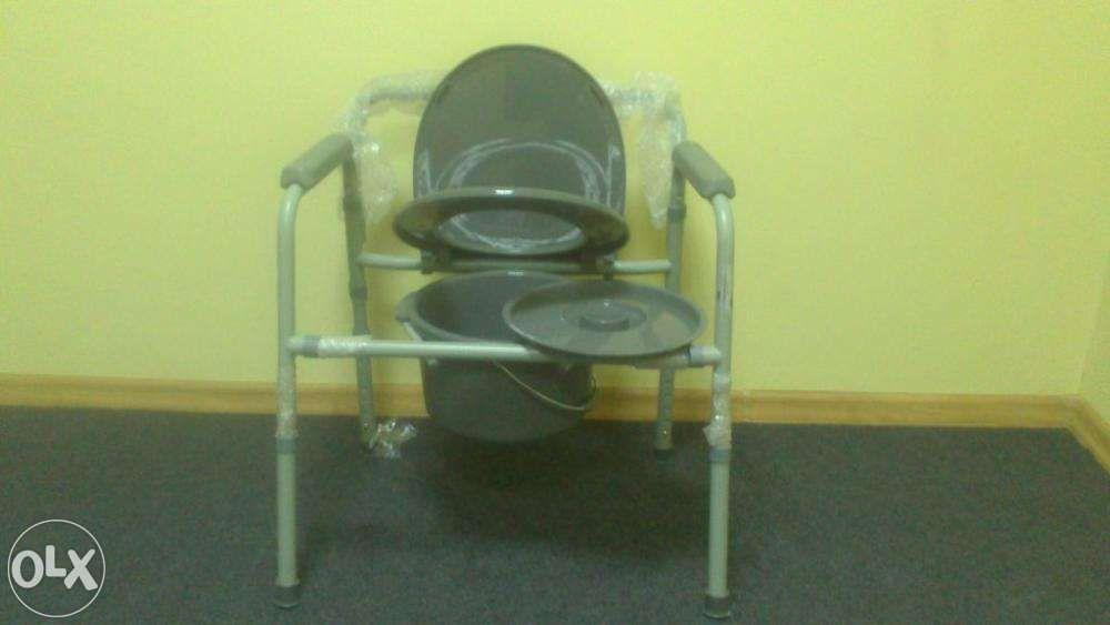 Krzesło toaletowe, przenośne WC, składane nośność do 136kg nowe Pabianice - image 1
