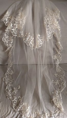 Свадебная фата,цвет айвори, двухъярусная, длина 125 см.