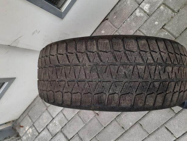 Продам шины резина 1 шт Blizzak (205/55R16) зимняя.