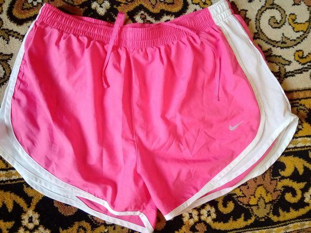 Оригинальные женские шорты nike dri fit