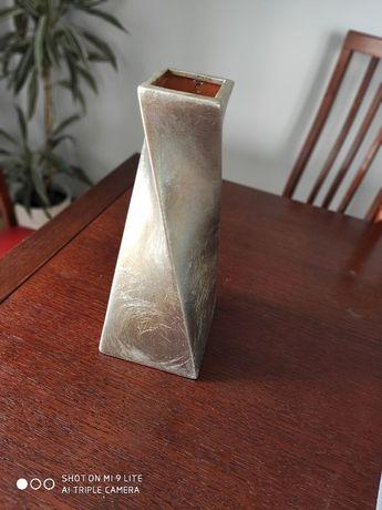 Sprzedam wazon aluminiowy