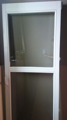 Okno balkonowe drewniane białe używane z demontażu