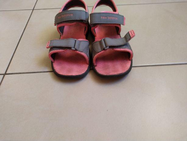 Sandałki new balance dla dziewczynki roz. 36