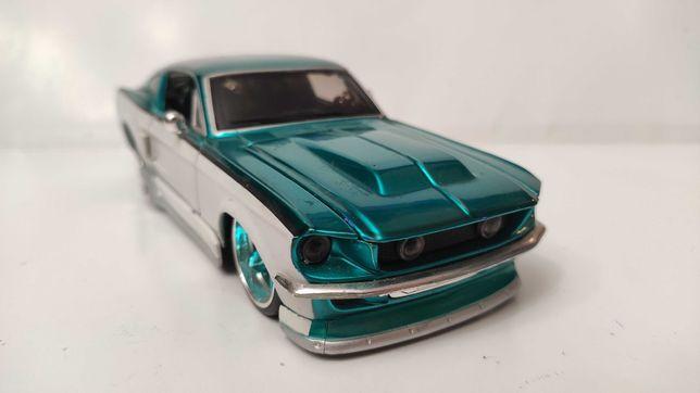Модель Ford Mustang GT 1967 1.24 Maisto Prorodz Blue_White