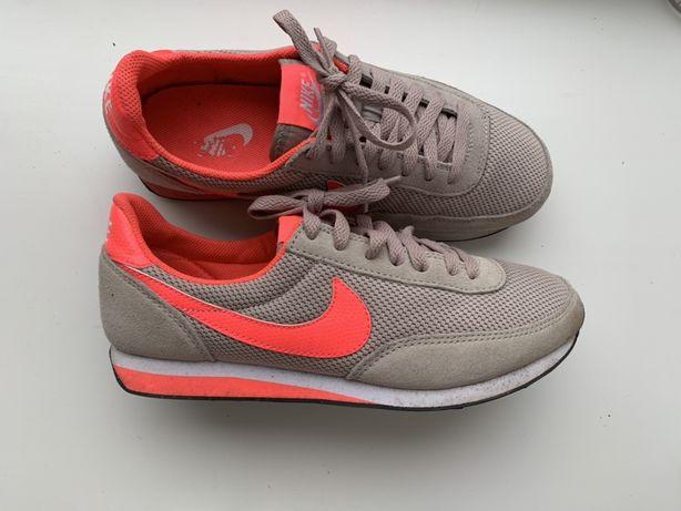 Женские кроссовки Nike, 38, 24, 24,5, жіночі кросівки,