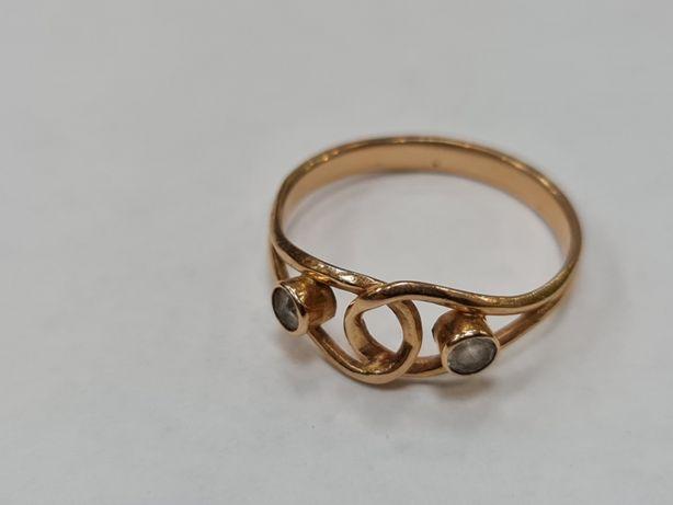 Wiekowy! Klasyczny złoty pierścionek damski/ 585/ 2.24 gram/ R19