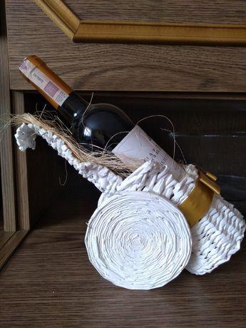 Stojak na butelkę z winem, prezent weselny.