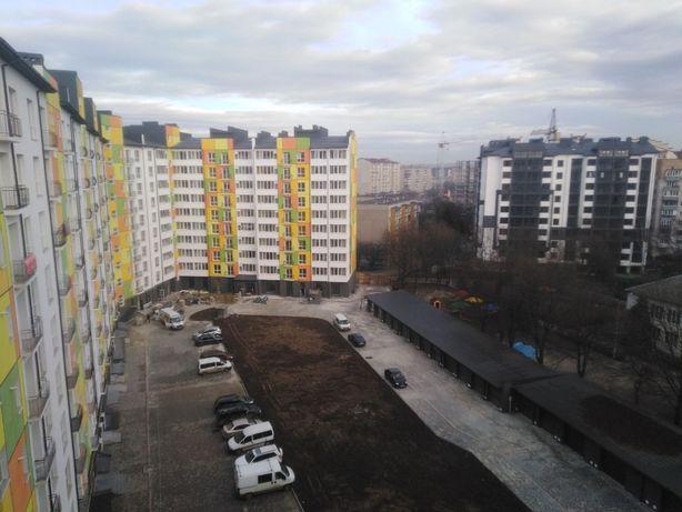 Простора 2к. квартира з ремонтом в новобудові! р-н Пасічна!--ч