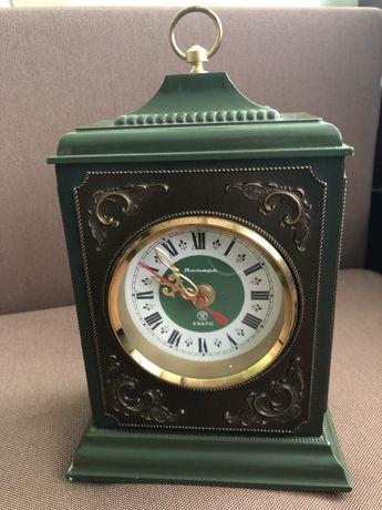 Годинник під старовину добротний часів СРСР у відмінному стані