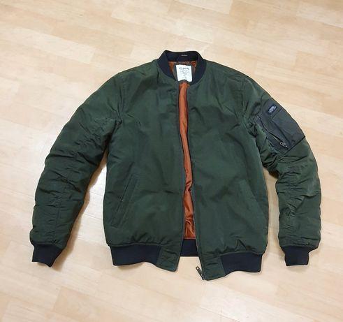 Бомбер, куртка Pull&Bear