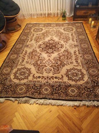 Sprzedam dywan kolory brązu