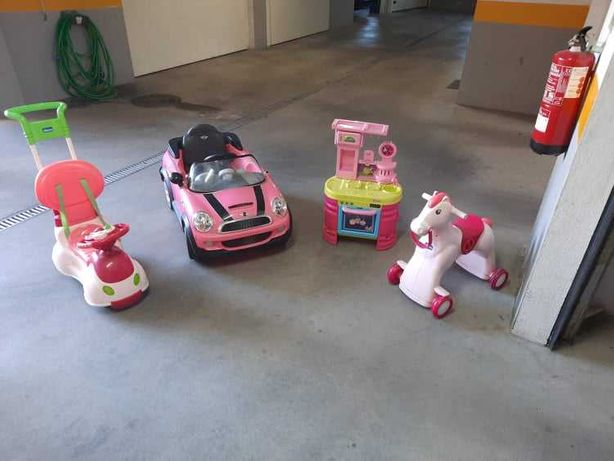 Brinquedo Carro, mini cooper descapotável - (A bateria c/carregador)