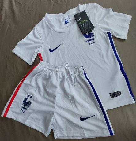 Спортивна форма/футбольна Nike