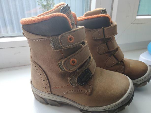 Продам стильные термо ботинки