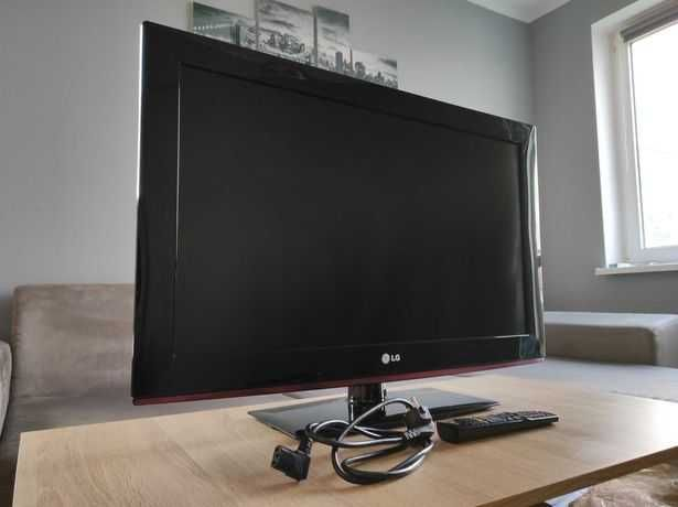 Telewizor Lcd LG 32LD350 Full HD 32 cale stan idealny