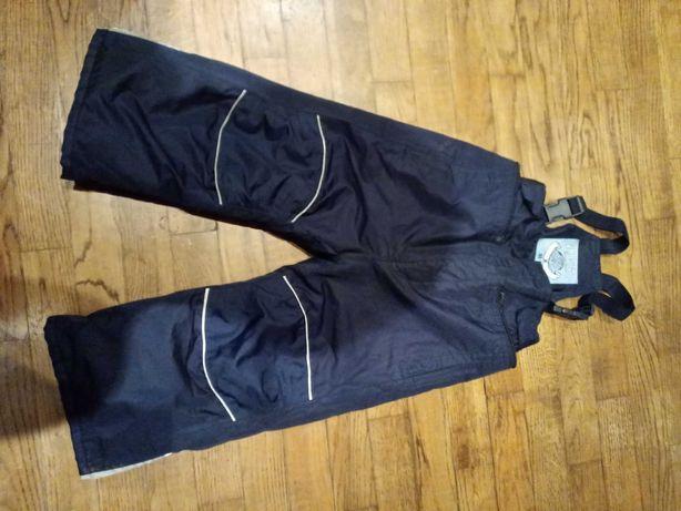 30zł z wysyłką Spodnie na szelkach rozmiar 98-104 firmy Tchibo.