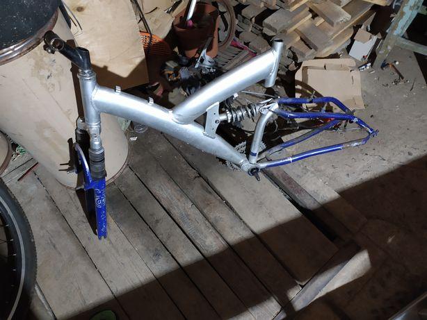 Рама для велосипеду