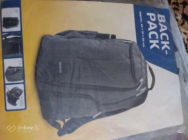 Продам рюкзак фірми Vivess
