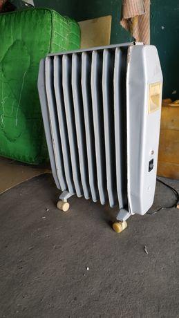 Масляный радиатор обогреватель КАХОВКА -1