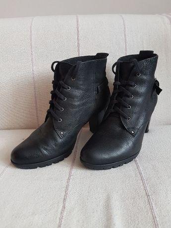 botki ze skóry skóra 100% skórzane czarne 39 buty na słupku obcasy