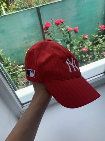 Продам кепку new york x adidas