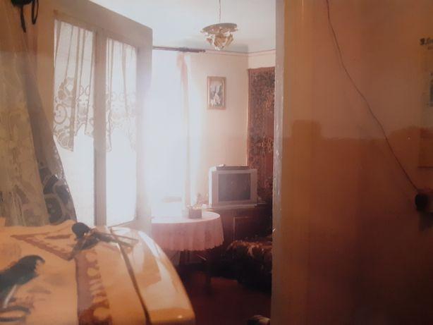 Терміново продам 2-кімнатну квартиру в м.бучач