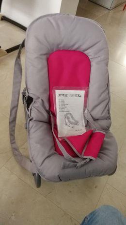 Leżaczek dla niemowląt