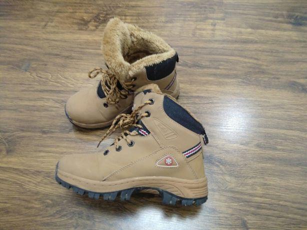 Ботинки зимние, 34 размер