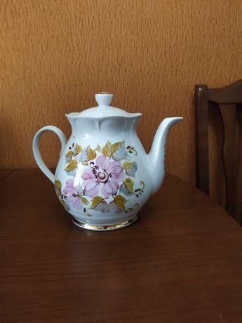 Чайник фарфоровый большой