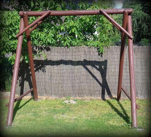 huśtawka drewniana ogrodowa ławeczka