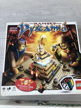 Gra lego pyramid 3843 na mikołaja