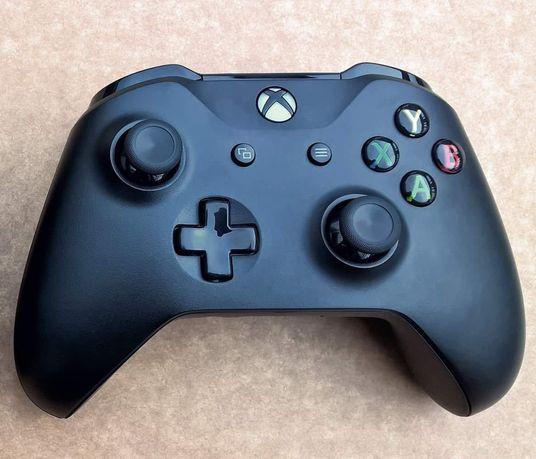 Pad Kontroler Xbox One X Model 1708 + Nowe baterie