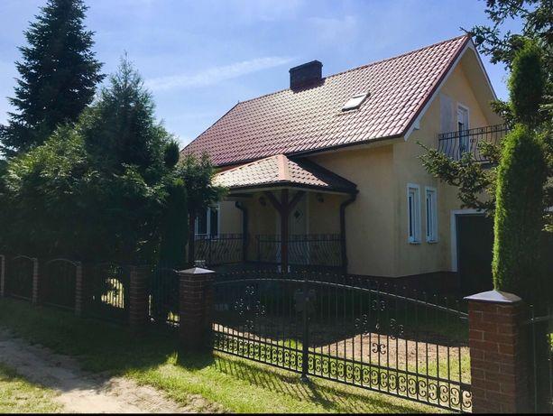 Dom Sówka dom nad jeziorem wynajem wypoczynek noclegi Sława Radzyń