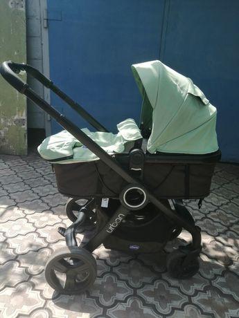 Продам детскую коляску Chicco Urban plus