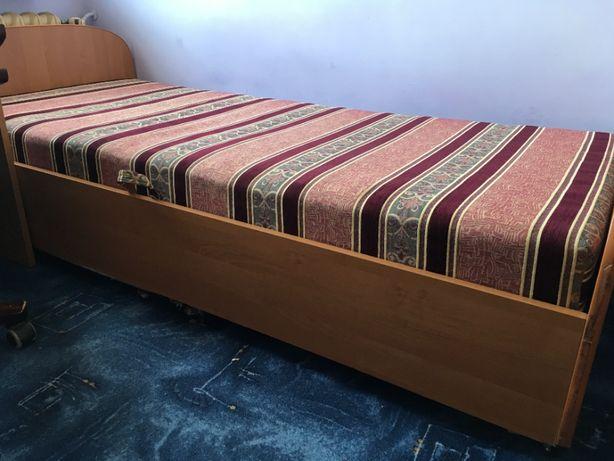 Łóżko, tapczan, duży pojemnik