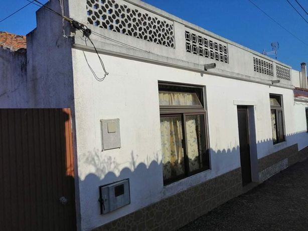 Casa em Aldeia dos Fernandes