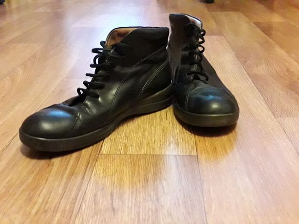Ботинки на мальчика-подростка