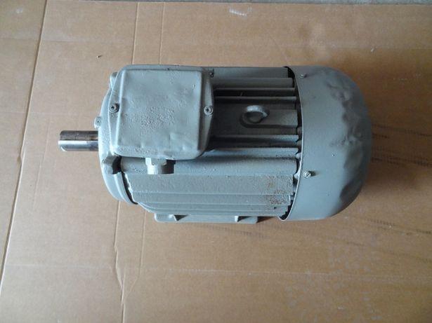Silnik elektryczny 4 kW 940 obr/min