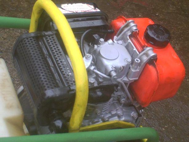 Placa compactadora\vibratoria diesel ammann avp1240