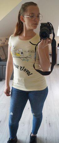 Jasnożółta bluzka z nadrukiem