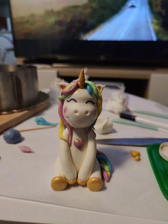 Figurka na tort jednorożec, unicorn