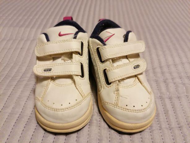 Ténis Nike tam. 22
