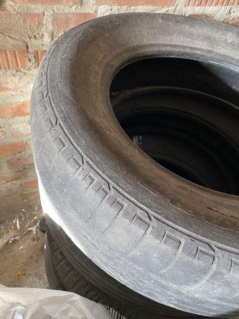 Літня гума Bridgestone 215/65R16