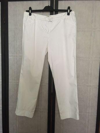 Брюки/чинос/джинсы белые