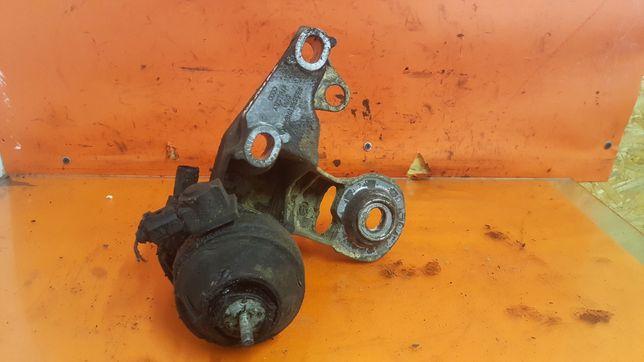 Prawy przód podpora silnika i poduszka silnika Audi A6C5 2.5TDI 1.9TDI