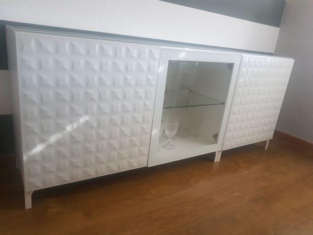 Móvel Aparador IKEA BESTA Branco/vidro
