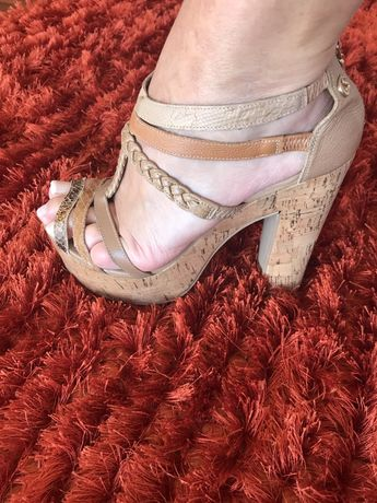 Sandálias marca Carmen Steffens