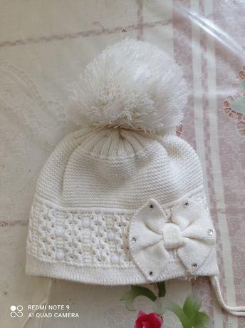 Зимова шапка на дівчинку 1-1.5 років
